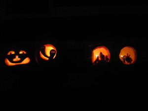 Love these pumpkins.  They all came out so good this year.  Scott did the first one.  Alix and Keri the second one, Niah and Afton the third and Jaime and Milo the last one.
